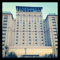 Снимок сделан в Гостиница «Украина» пользователем Konstantin G. 3/18/2012