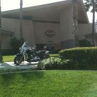 Photo prise au Riverside Harley-Davidson par jorDe' le5/12/2012