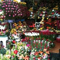 Photo taken at Mercado Jamaica by Sonia on 7/21/2012
