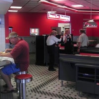 Photo taken at Steak 'n Shake by Will M. on 6/5/2012
