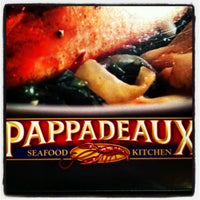 Photo taken at Pappadeaux Seafood Kitchen by Quin C. on 7/27/2012