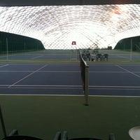 Das Foto wurde bei Теннисный корт Кадет von Dmitry M. am 2/12/2012 aufgenommen