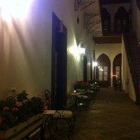Foto tomada en El Serafin Hotel Boutique por Edgar O. el 4/5/2012