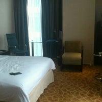Photo taken at Grand Swiss-Belhotel by Nanda K. on 5/14/2012