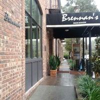 Das Foto wurde bei Brennan's of Houston von Randy am 2/15/2012 aufgenommen