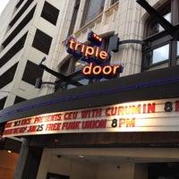 Das Foto wurde bei Triple Door von Nahim A. am 6/26/2012 aufgenommen