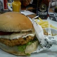 Photo taken at Armazém Classic Burger by @isadorabp on 4/22/2012