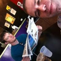 7/28/2012 tarihinde Alan D.ziyaretçi tarafından Snarf's Sandwiches'de çekilen fotoğraf