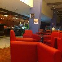 Foto tomada en ibis por Belén el 8/10/2012
