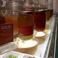Photo taken at Fresko Yogurt Bar by Tommy P. on 6/7/2012