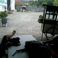 Photo taken at Arena's Corner by Gusi Nyoman G. on 3/13/2012
