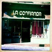 Photo taken at La Confiança by Dubie B. on 5/23/2012