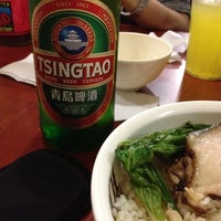 Photo taken at 101 Hawker Food House by Kevz E. on 6/26/2012
