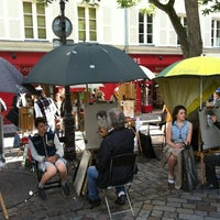 Photo taken at Place du Tertre by Hyung K. on 7/11/2012