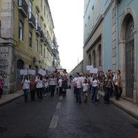 Photo taken at Entrada Norte - CP Santa Apolónia by Basilio V. on 5/26/2012