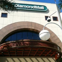 Foto tirada no(a) DiamondMall por Daniotti U. em 5/11/2012
