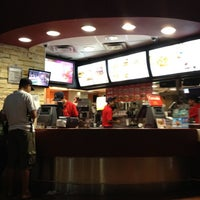 Photo taken at McDonald's by Guillermo C. on 8/13/2012