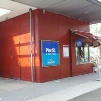 Das Foto wurde bei Pier 51 von Marko am 4/13/2012 aufgenommen