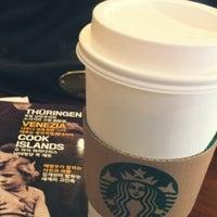 Photo taken at Starbucks by Jung Eun N. on 2/18/2012