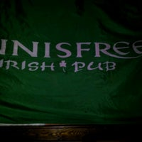 Photo taken at Innisfree Irish Pub by Oliver W. on 3/7/2012