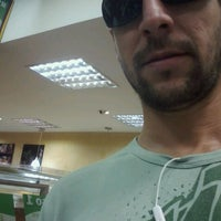 Photo taken at Subway by Everton d. on 4/25/2012
