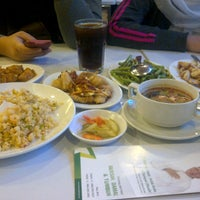Photo taken at D'Cost Seafood by Rodiah R. on 8/31/2012