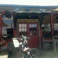 Photo prise au Porch Swing Pub par ShaCrista R. le5/28/2012