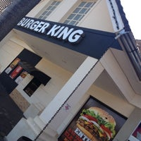 Photo taken at Burger King by Ritchelle H. on 4/3/2012