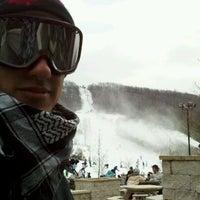 รูปภาพถ่ายที่ Liberty Mountain Resort โดย Paul C. เมื่อ 2/12/2012