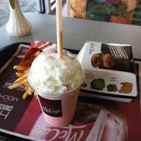 Foto scattata a McDonald's da kinorezhisser il 6/1/2012