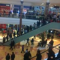 Foto tomada en Mall Plaza Alameda por Santiago F. el 6/14/2012