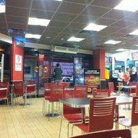 7/19/2012 tarihinde Kağan P.ziyaretçi tarafından Burger King'de çekilen fotoğraf