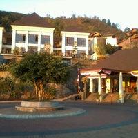 Photo taken at Jambuluwuk Batu Resort by Doni K. on 9/3/2012