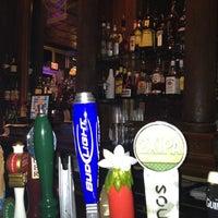 Foto tomada en The North Highland Pub por Ed M. el 3/25/2012