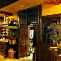Foto tomada en La Consistorial por Cesar L. el 9/3/2012