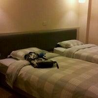 Photo taken at Ole London Hotel Macau 澳莱英京酒店 by IamStar C. on 2/13/2012