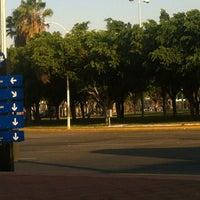 Foto tomada en Glorieta La Normal por Richo G. el 6/3/2012