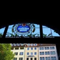 Снимок сделан в Schneider Bräuhaus пользователем Alessia L. 6/30/2012