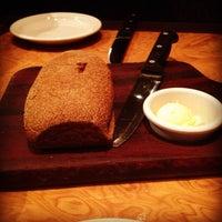 Foto tirada no(a) Outback Steakhouse por João Victor V. em 4/18/2012