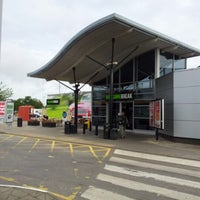 Photo taken at Newport Pagnell Southbound Services (Welcome Break) by Steve W. on 8/5/2012