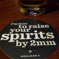 Photo taken at Houlihan's by Matt D. on 3/30/2012