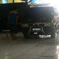 Photo taken at Bengkel CENTRIS by gunawan a. on 3/1/2012