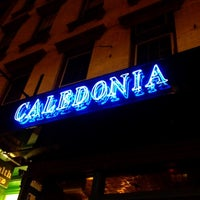 Das Foto wurde bei Caledonia Bar von Shannon L. am 3/2/2012 aufgenommen