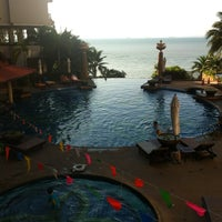 Photo taken at Garden Cliff Resort & Spa by Bammie W. on 4/12/2012