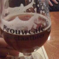 Photo taken at Brouwcafé De Hofnar by Idan g. on 3/20/2012