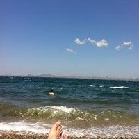 Das Foto wurde bei Burgazada Sahil von Enginikon am 6/16/2012 aufgenommen
