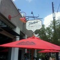 Photo prise au Dexter's of Thornton Park par Lenora B. le7/29/2012