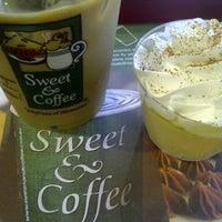 Foto tomada en Sweet & Coffee por MaFyTa el 8/22/2012