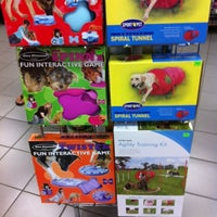 Photo taken at Tisol Pet Food & Supply by Steven L. on 8/27/2012