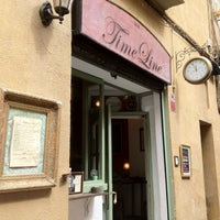 Foto tomada en Timeline Bar por Teodora C. el 4/28/2012